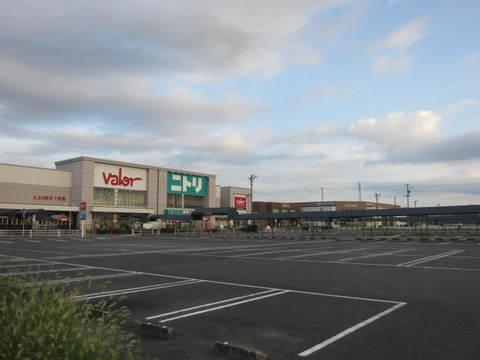 スーパー駐車場.JPG
