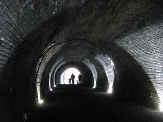 トンネル・1出口.JPG