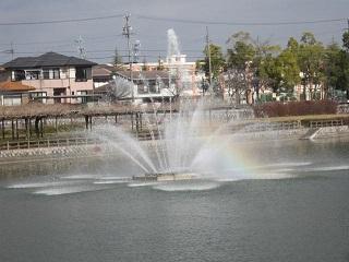 噴水・虹.JPG