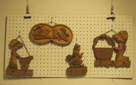 木彫り・4点.JPG