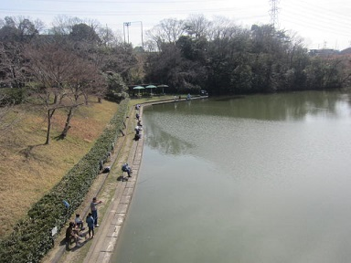 東谷山・釣り池1.JPG