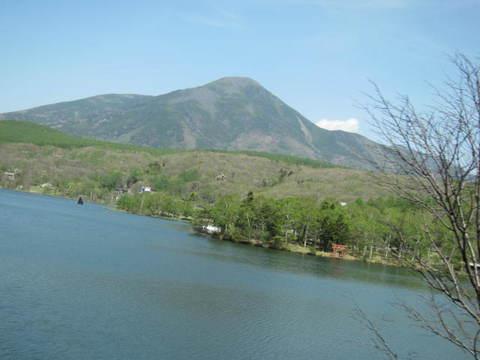 白樺湖と山・2.JPG