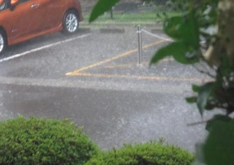 雨・4.JPG