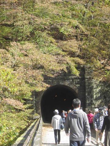 2・4眼鏡橋トンネル1.JPG