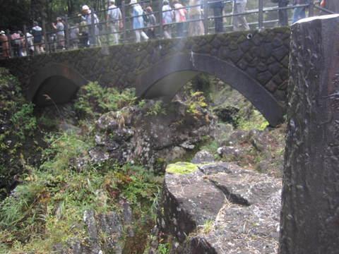 2-3・高千穂峡谷・橋.JPG