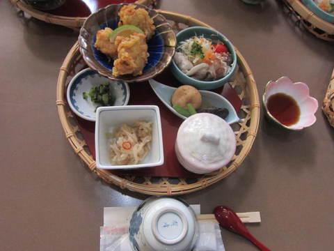 2-4・昼食.JPG