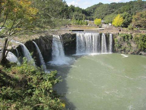 2-4・1原尻の滝8.JPG