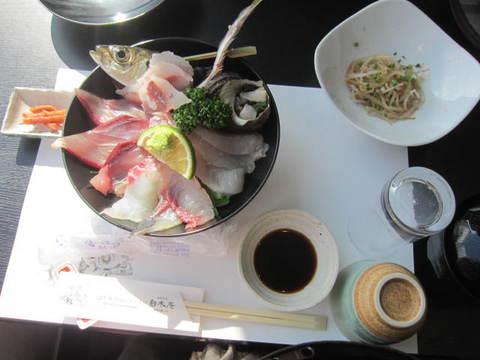 3-5・関サバ海鮮丼.JPG